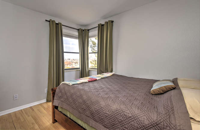 723_Quivas_St_Denver_CO_80233-small-009-6-Bedroom_Window_Coverings-666x435-72dpi