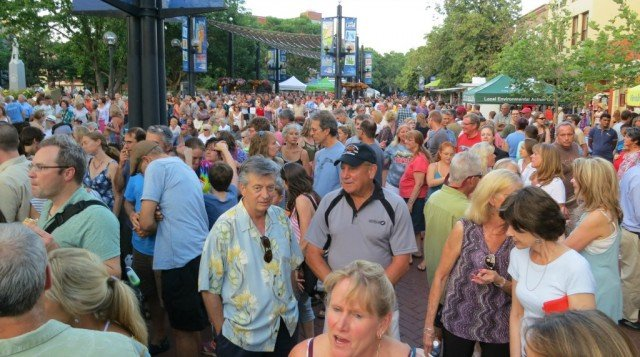 music goers at bands on the bricks boulder co