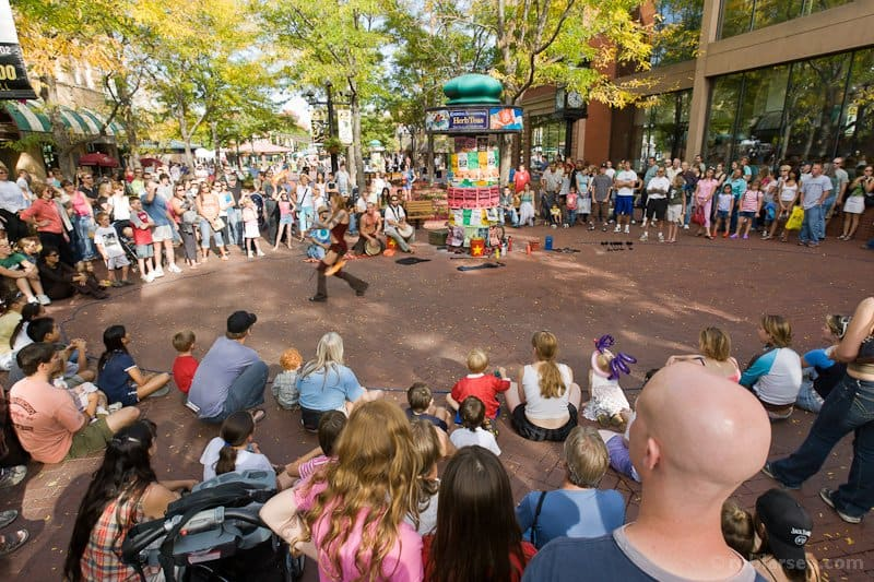 busker performance on boulder pearl street mall, picture by rob larsen