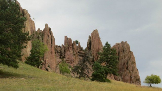view of red rocks