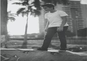 Emerin Ferreiras Skateboarding